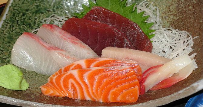 في طوكيو مجموعة رائعة من المطاعم التي تستحق الزيارة