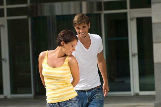 Flirten manner beruhrungen