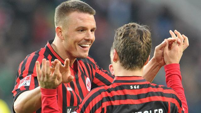 Bundesliga - Eintracht berwintert in der Spitzengruppe