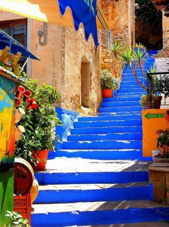 ΔΕΙΤΕ: Tρία ελληνικά σοκάκια στα ωραιότερα του κόσμου