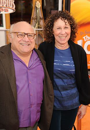 DeVito and Perlman in February 2012. (Jason Merritt/Getty Images)