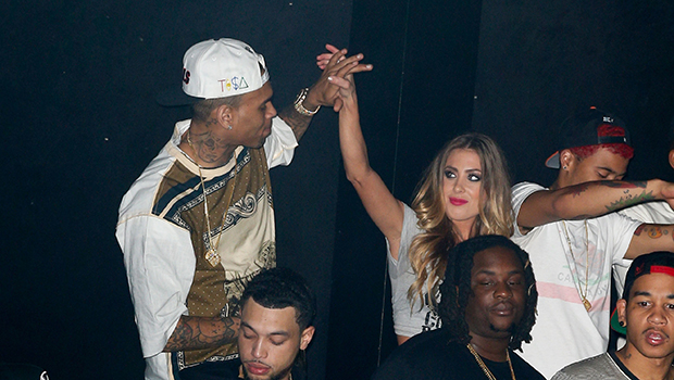 Chris Brown parties with mystery blonde (Getty Images)