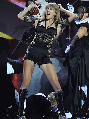 Swift performs at Wednesday's Brit Awards (Dave J Hogan/ Getty Images)