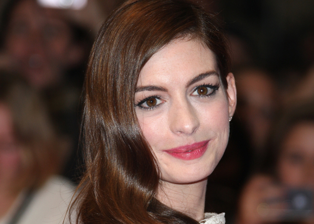 Aw the news that Anne Hathaway is engaged to boyfriend Adam Shulman has made ...