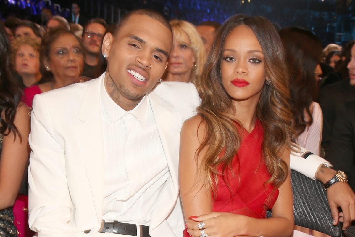 are rihanna and chris brown dating again yahoo