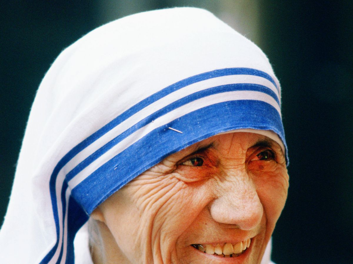mother teresa essay writing