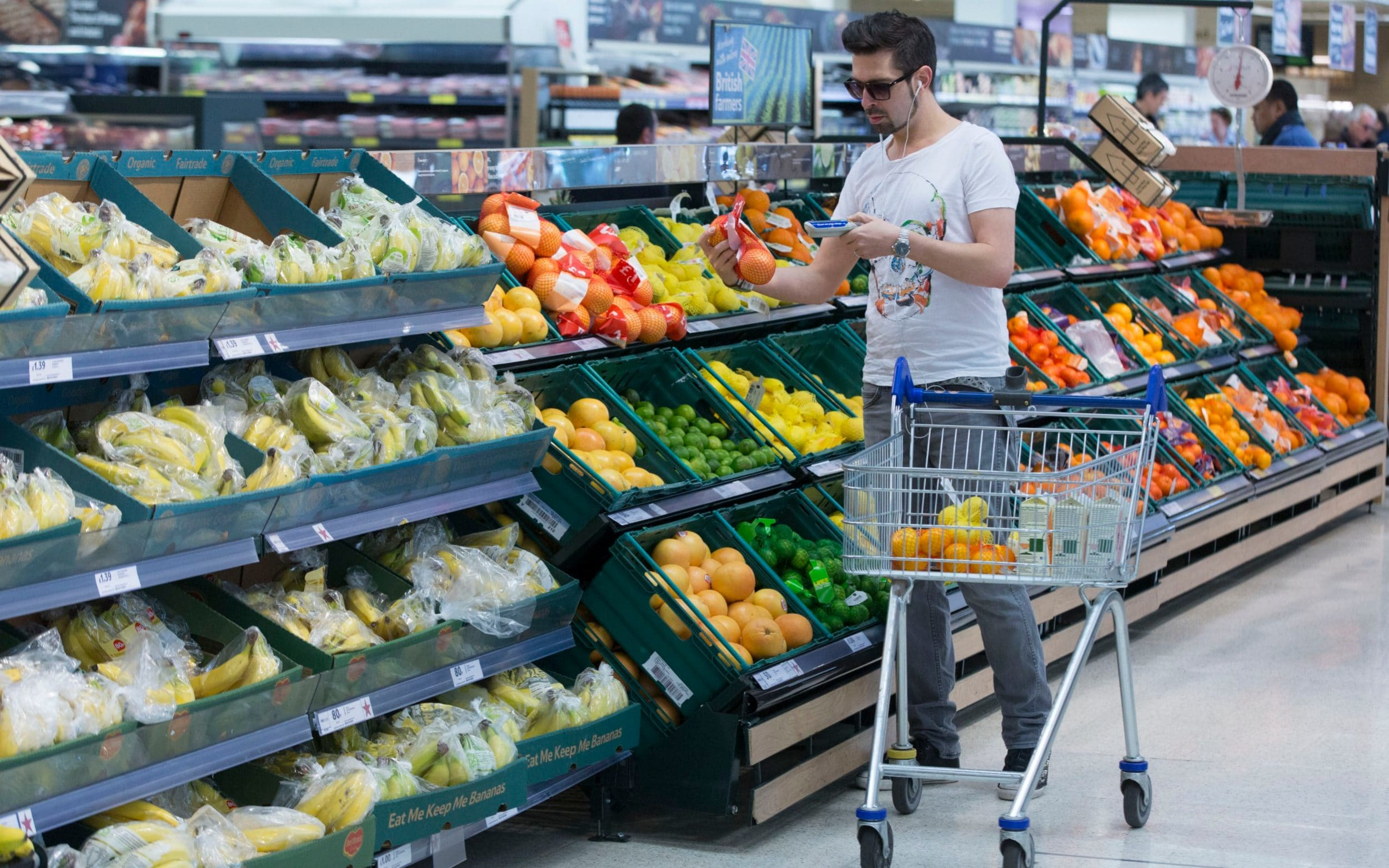 Supermarkets enjoy best performance in more than four years