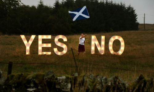 Scottish independence referendum<br>Filer photo dated 15/09/14 of businessman Jon Gamble from go2eventhire as he asks the question YES or NO with illuminated signs near Dunblane, Scotland, ahead of voting in the Scottish Referendum on September 18th. The Scottish First Minister Nicola Sturgeon said a new independence referendum should be held between autumn 2018 and spring 2019. PRESS ASSOCIATION Photo. Issue date: Monday March 13, 2017. See PA story POLITICS Brexit Scotland. Photo credit should read: Andrew Milligan/PA Wire