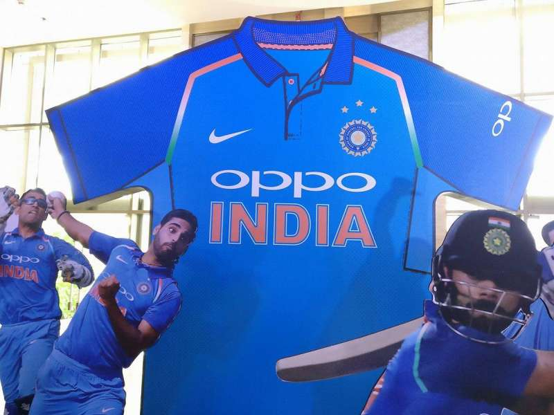 Bcci And Oppo Unveil Official New Team India Jersey Yahoo Cricket