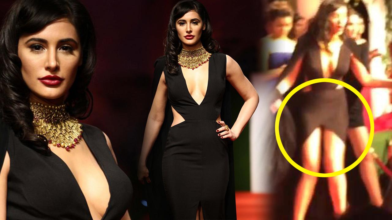Bollywood Wardrobe Malfunction Porn Videos  Pornhubcom