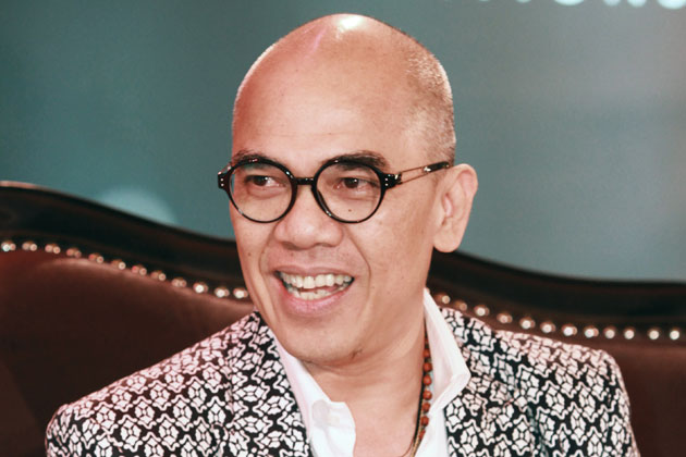 Boy Abunda gets a different view of pain, struggles, and joy from his interviews on Olay Conversations.