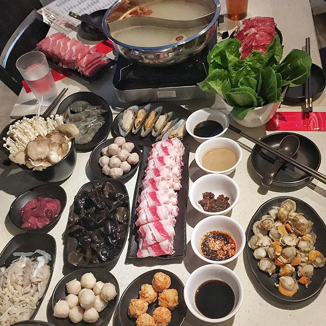 For a Steamboat Buffet with Freeflow XLBs