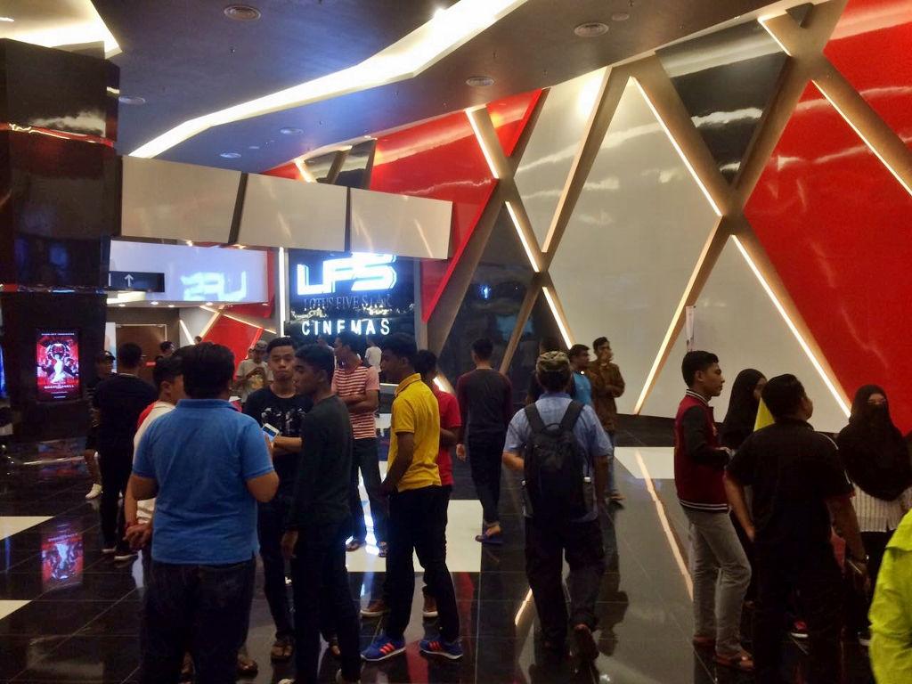 Kuala Terengganu Cinema Uses Cctv To Curb Bad Behaviours