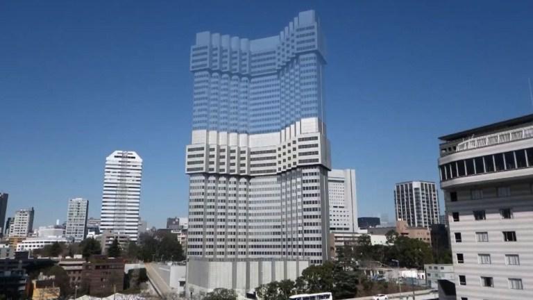 Demolition Of Tall Buildings : Tokyo hotel shrinks in new style urban demolition floor