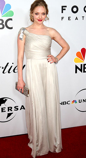 Amanda Seyfried let the one-shoulder gown speak for itself. - Frederick M. Brown/Getty Images