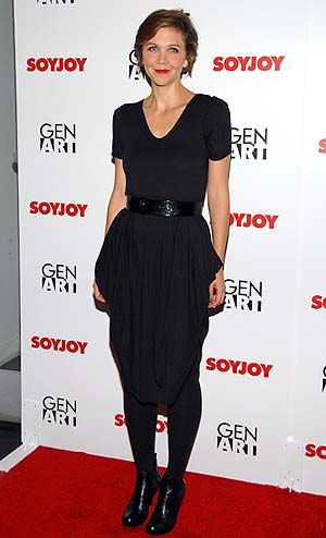 Maggie Gyllenhaal hosts the Gen Art & SoyJoy Fashionably Natural runway show in LA. - Jean-Paul Aussenard/WireImage.com