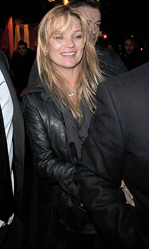 Kate Moss leaves the Givenchy post show party at l'Arc in Paris. - Trago/WireImage.com
