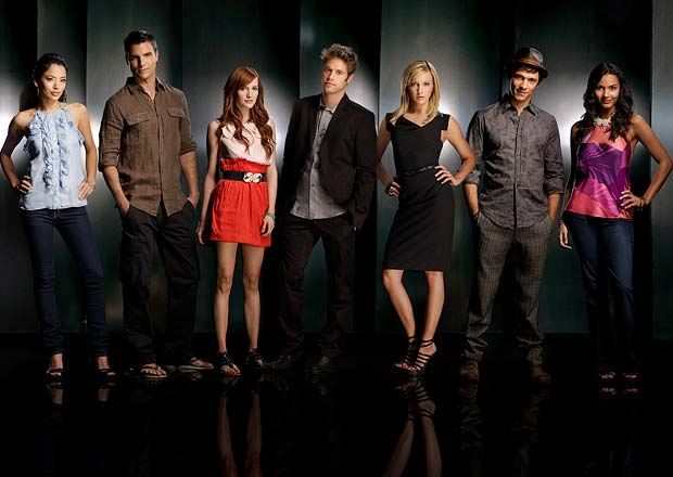 "Meet the cast of ""Melrose Place"": Stephanie Jacobsen as Lauren, Colin Egglesfield as Auggie, Ashlee Simpson as Violet, Shaun Sipos as David, Katie Cassidy as Ella, Michael Rady as Jonah, and Jessica Lucas as Riley. - Patrick Ecclesine/TheCW"