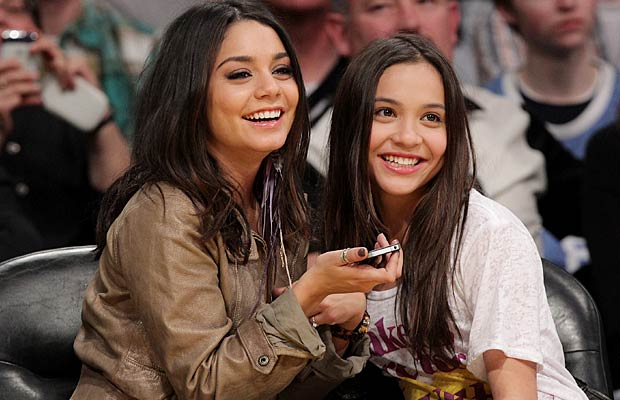 Vanessa and sister Stella were all smiles at the Lakers game. - Noel Vasquez/Getty Images