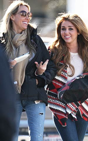 Tish and Miley Cyrus on set in Louisiana. - Swarbrick/Watts/INFphoto.com