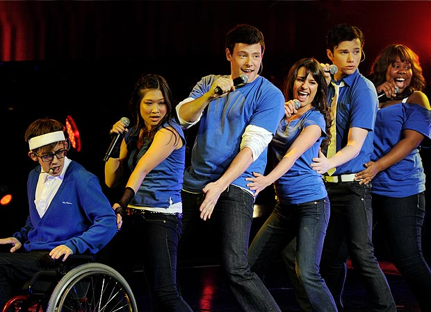 "Salt-n-Pepa would be proud of this ""Push It"" performance! From left to right: Artie (Kevin McHale), Tina (Jenna Ushkowitz), Finn (Cory Monteith), Rachel (Lea Michele), Kurt (Chris Colfer), and Mercedes (Amber Riley). - Kevin Winter/Getty Images"