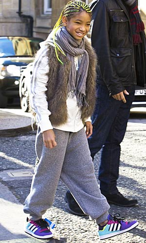 Willow shows off her new colored braids as she leaves her London hotel. - Ringo/PacificCoastNews.com