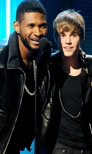 Usher and his protege Justin Bieber. - Jeff Kravitz/AMA2010/FilmMagic.com