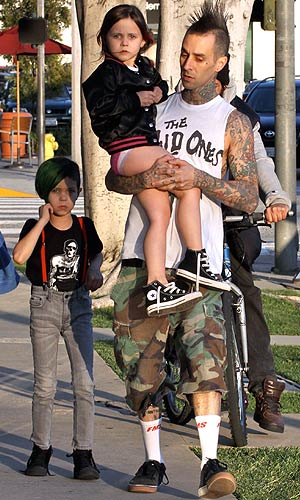 Travis Barker out with his kids Landon and Alabama. - The Media Circuit/INFphoto.com