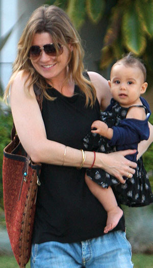 Ellen Pompeo and daughter Stella leave a friend's house in LA. - X17online.com