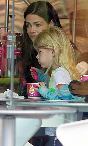 Yum! Lola samples her frozen treat. - Sam Sharma/Matt Smith/PacificCoastNews.com