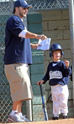 Coach Federline gives his son a few tips. - Miguel Aguilar/Sam Sharma/PacificCoastNews.com