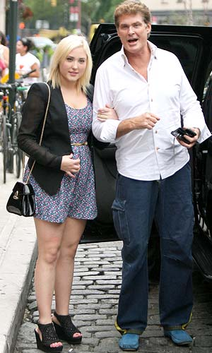 David and Hayley Hasselhoff hang out in NYC. - T/X17online.com