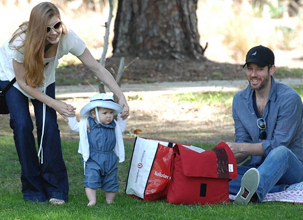 Amy Adams enjoys a day at the park with her daughter Aviana and fiance Darren Le Gallo. - INFphoto.com