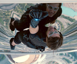12/23/2011 – Tom Cruise Reaches New Heights in 'Ghost Protocol'