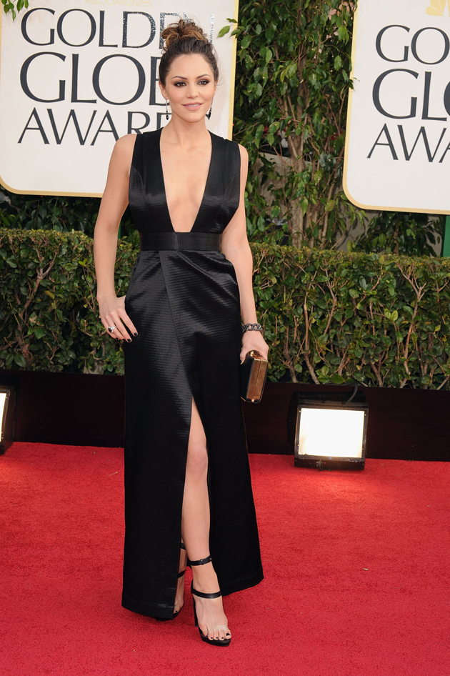 Katharine McPhee's plunging black dress is a smash on the Golden Globes red carpet