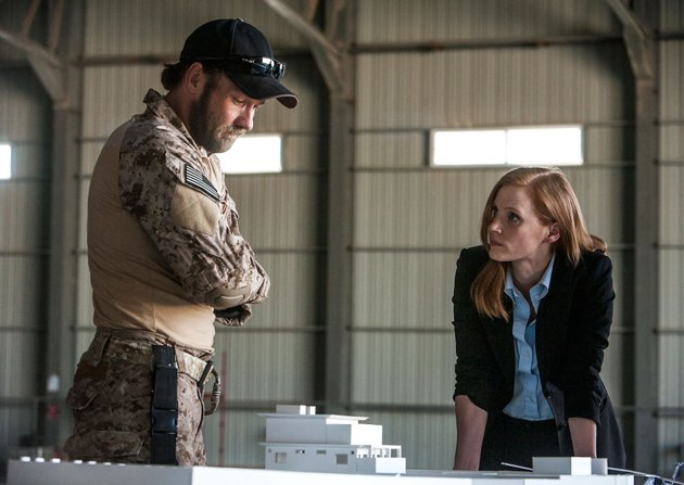 Jessica Chastain, right, in 'Zero Dark Thirty' (Photo: Columbia Pictures)