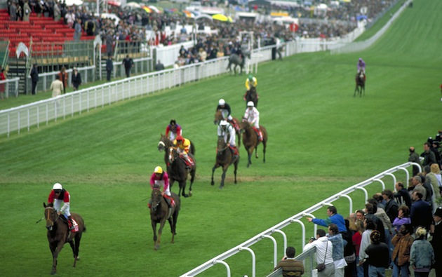 British racing often involves turf tracks and close-in spectators. (Photo by Britain on View/Visit Britain)