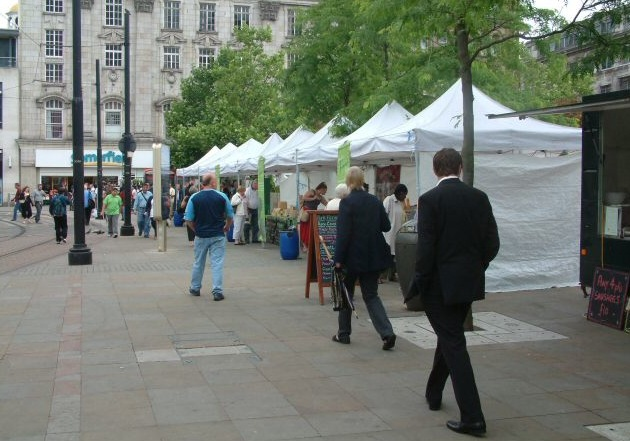 A casual market could pop up just about any day in Manchester. (Photo by Gerald England via Wikimedia Commons)
