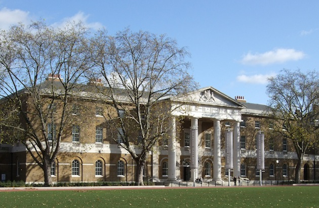 The prestigious Saatchi Gallery, home to contemporary art, is one of the shopieces of Duke of York Square near Sloane Square, London. (Photo by Jim Linwood via Wikimedia Commons)