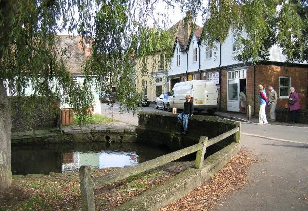 Many of Shere's buildings are hundreds of years old. (Photo by John Goodall via Wikimedia Commons)