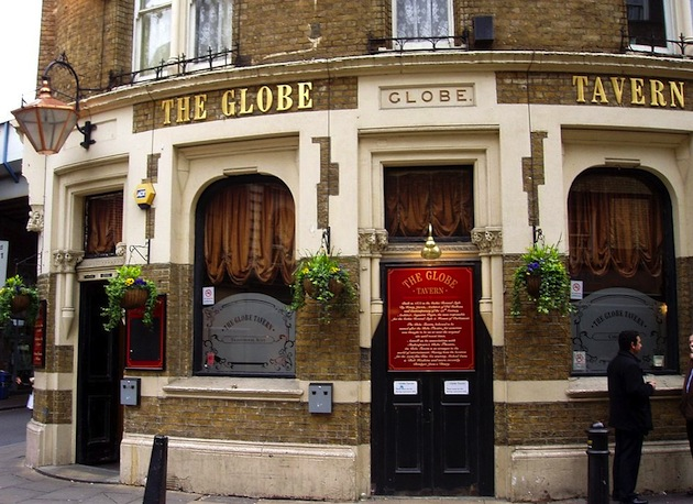 The Globe in London portrays the outside of Bridget Jones' flat in the movies. (Photo by Ewan Munro via Wikimedia Commons)