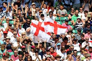 England fans love to cheer on their team at Twickenham Stadium. (Photo by David Rogers/Getty Images)