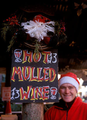 Mulled wine and mince pies are traditional winter treats in Britain. (Photo by Pawel Libera/Visit Britain)
