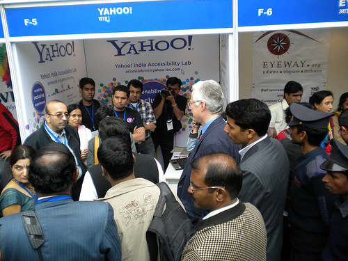 Minister of Social Justice and Empowerment at Yahoo! booth