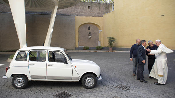 Pope Francis' newest ride: A 29-year-old beater with 186,000 miles