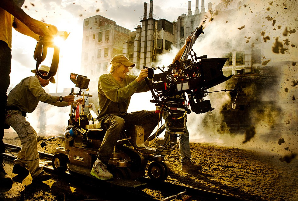 Michael Bay on the set of 'Transformers 4 The Age of Extinction' (Photo: Andrew Cooper/MicheaelBay.com)