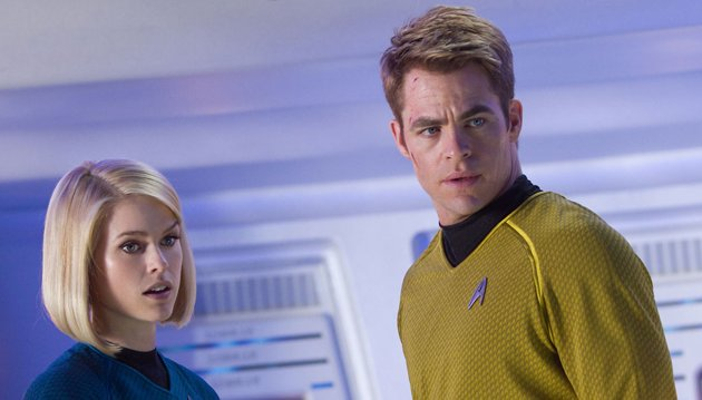 Alice Eve and Chris Pine in 'Star Trek Into Darkness' (Photo: Paramount)