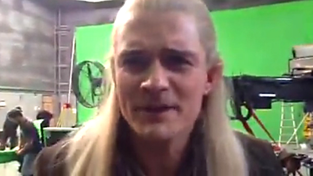 Orlando Bloom spoofs a spoof ... of himself (Photo from video/Peter Jackson)