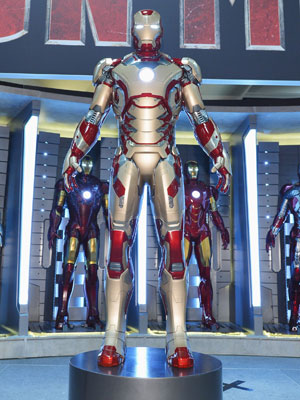 The new Iron Man suit (Photo: Walt Disney Pictures)