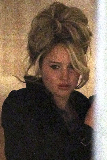 Jennifer Lawrence spotted on set (Photo: FameFlynet)